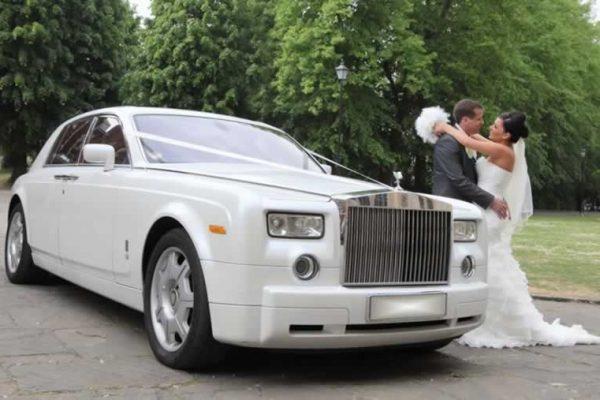wedding car hire, bride