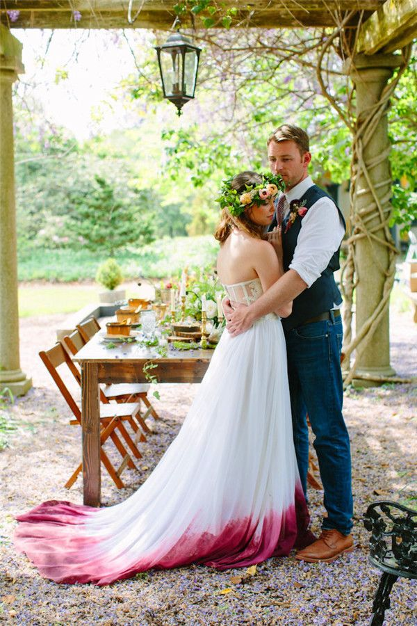 Dip Dye Wedding Dress Trend Makes You Stand Out During Your