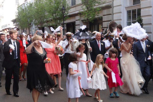 large guest list, wedding