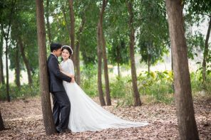 Planning To Get Married Outdoors? Here's What You Need To Know