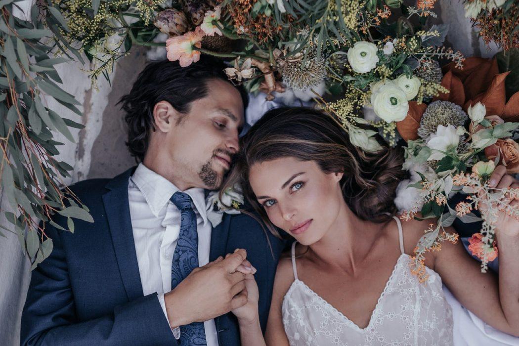 get married in secret